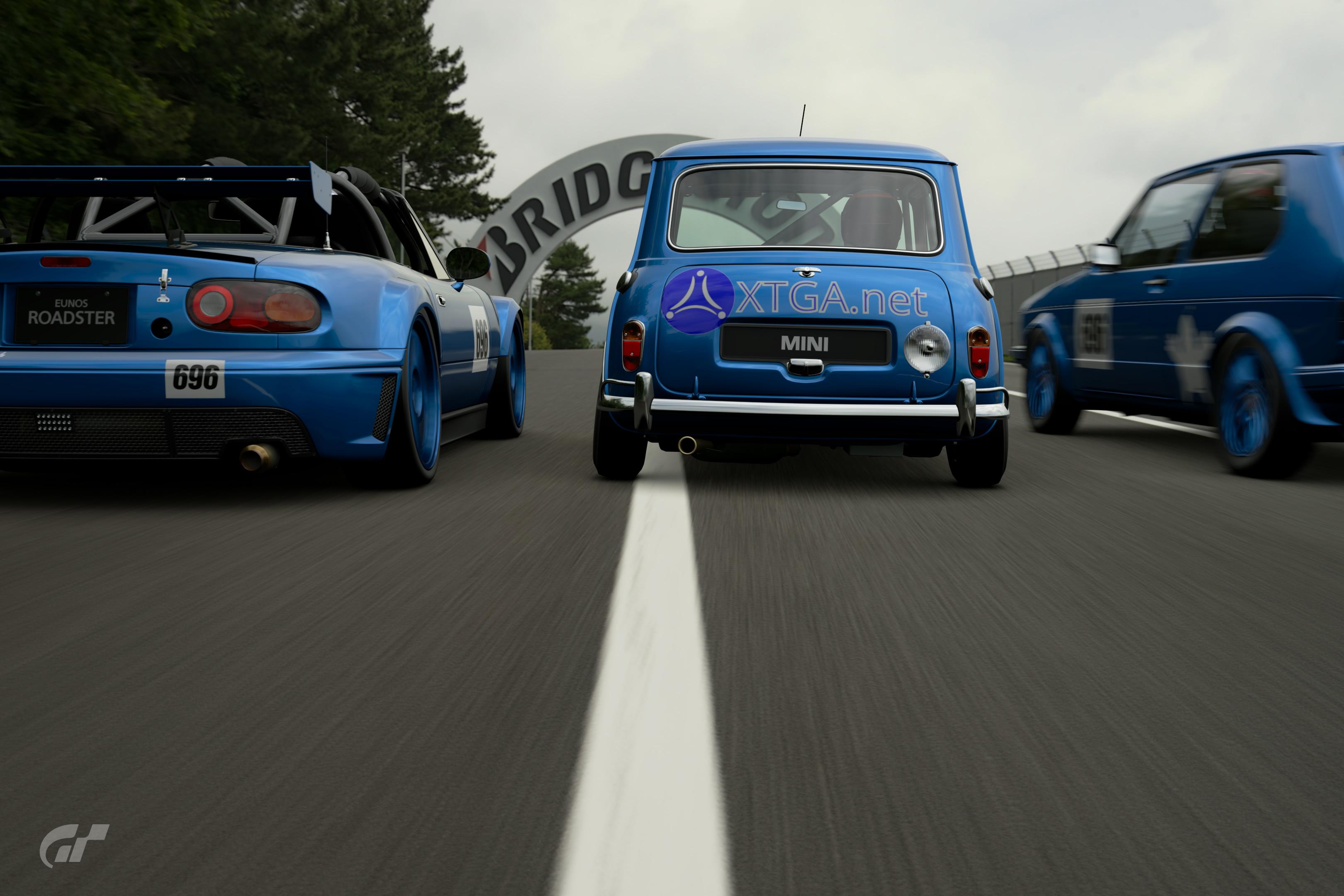 Mazda Roadster - Mini '63 - VW Golf '83